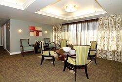 Owner Lounge - Royal Gardens