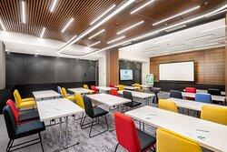Tarson Meeting room 80 sqm. with classroom set up