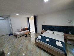 Deluxe Suite Triple Room