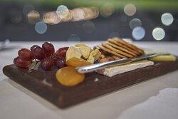 Cheese tasting platter