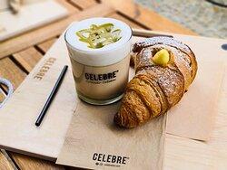 Unser Liebling: Latte Pistacchio!