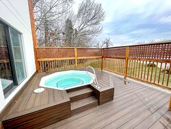 Out door hot tub