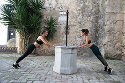 Body toning in the historic village of Vejer