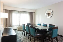 Look no further than the Crowne Plaza Memphis for a board meeting