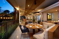 Elegant indoor/outdoor dining