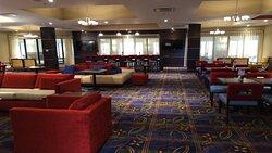 Holiday Inn Express & Suites Breakfast Bar
