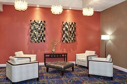 Holiday Inn Express & Suites Columbia University Area