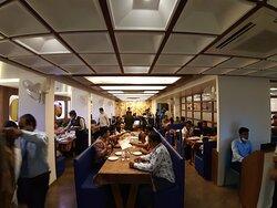 restaurant hotel the grand piano