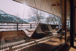 AlpinSpa Schwebeliege Chesa Valisa Naturhotel Kleinwalsertal