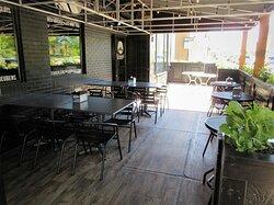 Kenny's Westside Pub: veranda.  Peoria IL, May 2021
