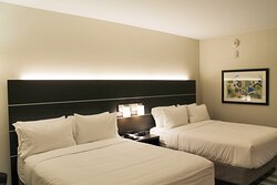 Two Queen Beds Holiday Inn Express