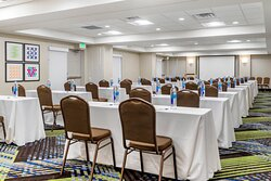 Large 1500sqft meeting room that can be divided to 2 meeting rooms
