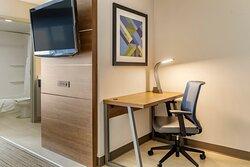 Suite guest rooms