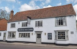 The Rose And Crown Welwyn Village