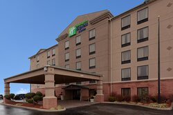 Holiday Inn Express & Suites has an inviting curb appeal
