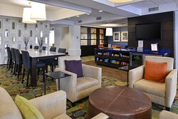 Guest enjoy our comfortable hotel lobby