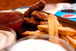 Crispy fingers menu. Includes: 5 crispy, fries, 1 bun, sauce.
