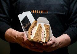 Sempre freschi, i nostri sandwich cambiano di giorno in giorno per darti la possibilità di gustare sempre sapori nuovi!