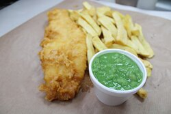 mini fish chips with sauce