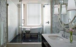Robert Mills Presidential Suite Bathroom
