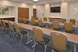 Perfect for workshops, business meetings, or private gathering.