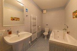 Koupelna s vanou (příklad)