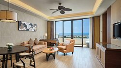 Suite 1 king sea view