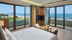 Grand sea view suite