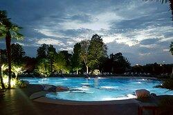 serata in piscina
