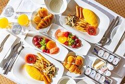 American Breakfast of Room Service