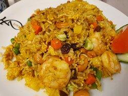Pineapple fried rice 😋