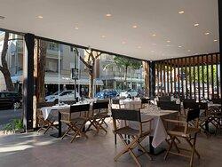 il nostro ristorante si affaccia direttamente sulla prestigiosa Via Bafile nel centro di Jesolo Lido