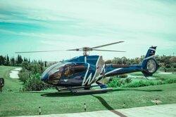 B4 / Paseos en Helicóptero VIP sobre la Costa del Sol despegando y aterrizando en Villa Padierna.