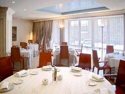 hotel leon sercotel alfonso v restaurante