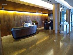 Front desk area of the Hyatt Regency Lake Washington in Renton, WA