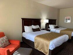 Standard Double Queen Room