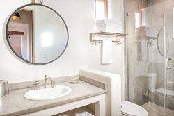 Bath - WorldMark Hunt - Stablewood Springs Resort