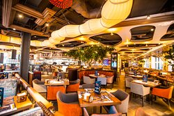 Happy London in the heart of Piccadilly. Showcasing amazing sushi, burgers, steaks and cocktails. Open 7 day per week.