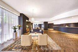 vibe hotel sydney lobby