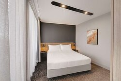 vibe canberra airport one bedroom