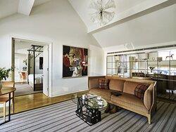 Coworth Park Stable Premium Suite Fairway Living