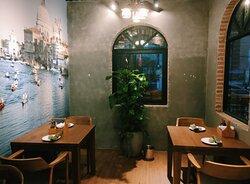 Emoji Pizza Binh Duong Vietnam
