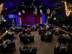 Here At Branson Central Theatre We Make Sure That You Start Your Day Off Right With The Fun & Unique Comedy Of Steve Moris For An Afternoon Show, & End Your Day 'Dining  In The Lights' With A Magical Christmas Dinner Show 'Escape Reality' With Garry & Janine Carson