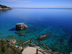 To Milopotamos beach