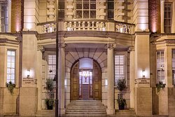 Exterior Entrance at Courthouse Hotel Shoreditch