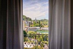 Vue de la chambre du Belfry & Spa de Lourdes sur le sanctuaire