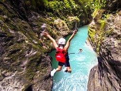 Canyoneering (Kawasan Falls)