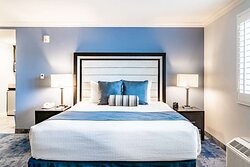 Best Western Plus Manhattan Beach Hotel ADA Rooms