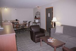 King Suite - Living Room/Dining Room