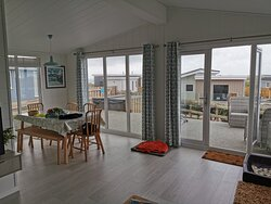 Harlyn Plus 17 - So much light and the verandah is huge!
